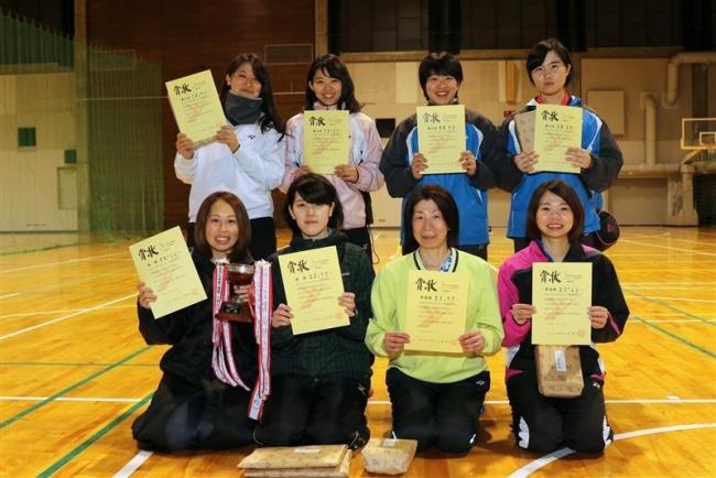 橋詰・阿部組V 全十勝室内ソフトテニス一般女子