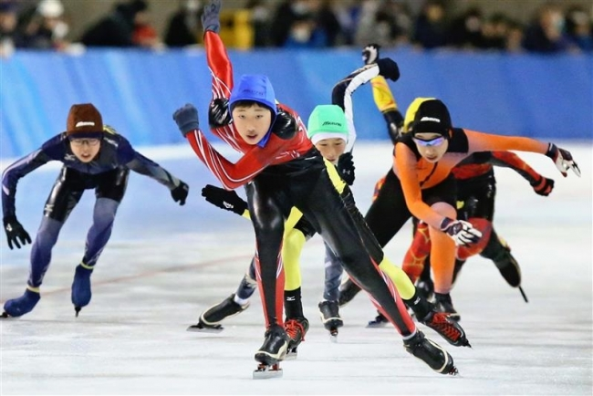 浜野、三好ら連続総合V全十勝少年団スケート交歓大会