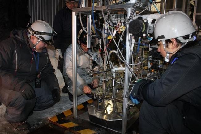 長時間燃焼に成功 IST姿勢制御装置