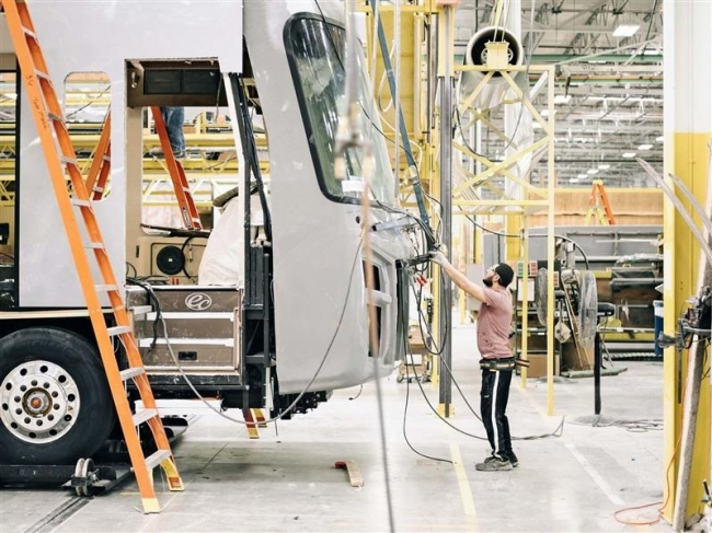 【WSJ】米経済の未来暗示、中西部の町の「光と影」