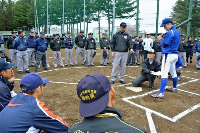 ルール改正点を確認、軟式野球連盟審判講習会