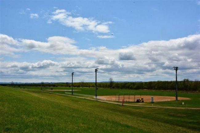 河川パーク復旧、ソフトボール場は6月中旬から開放 池田