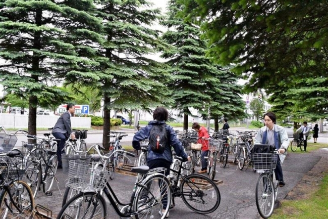 市町村職員が自転車で通勤 十勝でノーカーデー始まる
