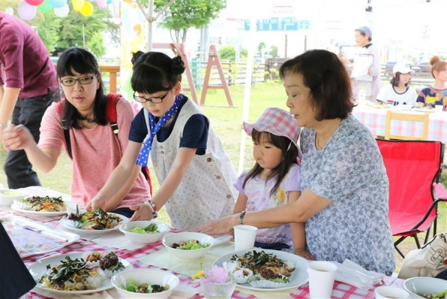子供たちの手料理でおもてなし いっぽ食堂