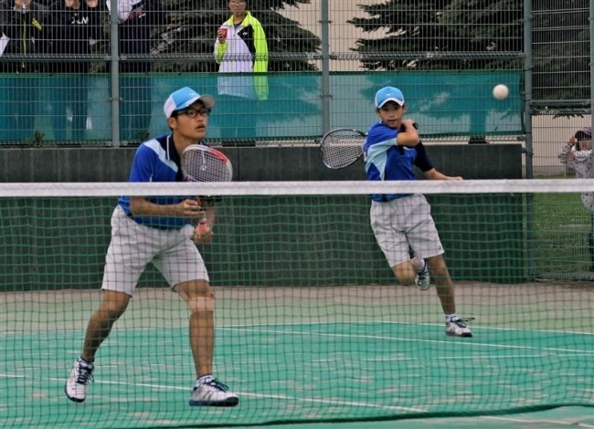 猪股川原組女子は佐藤久保田組V全十勝中体連軟式庭球