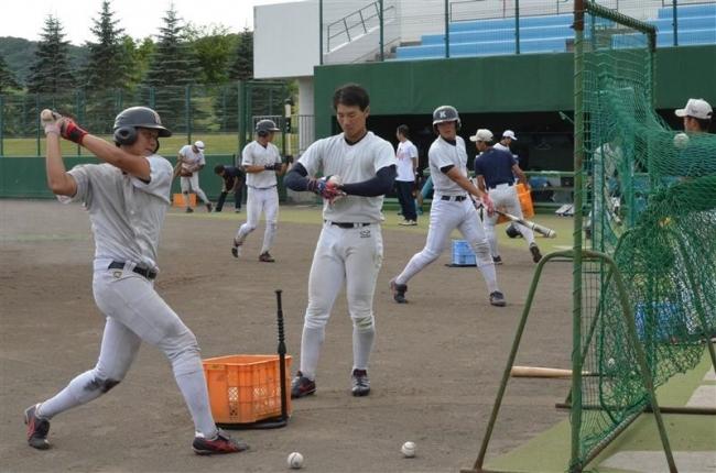 幕別 慶大野球部の夏季合宿スタート 十勝初