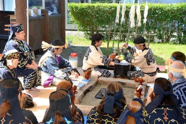 カムイに祈りささげる チョマトー慰霊祭