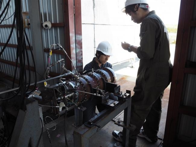 ISTと東大が共同エンジン実験