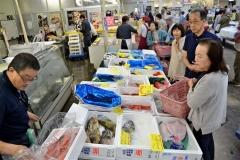 10年感謝祭盛況 帯広市場食品センター