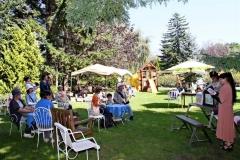 真鍋庭園でブックフェス
