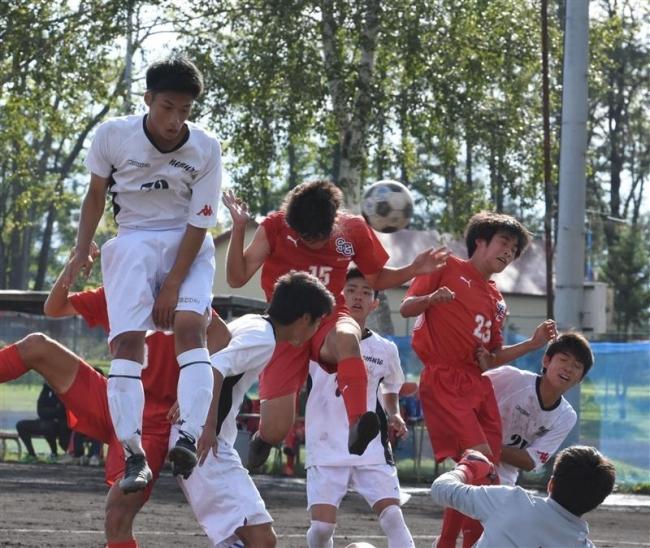 白樺学園11年ぶり優勝、サッカーU18道東リーグ1部
