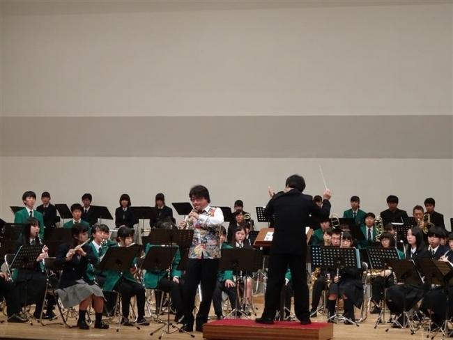 演奏家と管内高校生がコラボ ブラスフェスティバル
