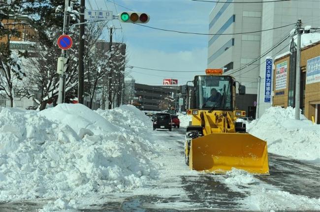 除雪の担い手不足 単価アップ求める声も