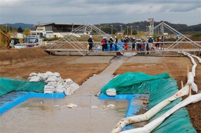 北見工大が全長70メートルの河川災害の実験施設を整備 16年
