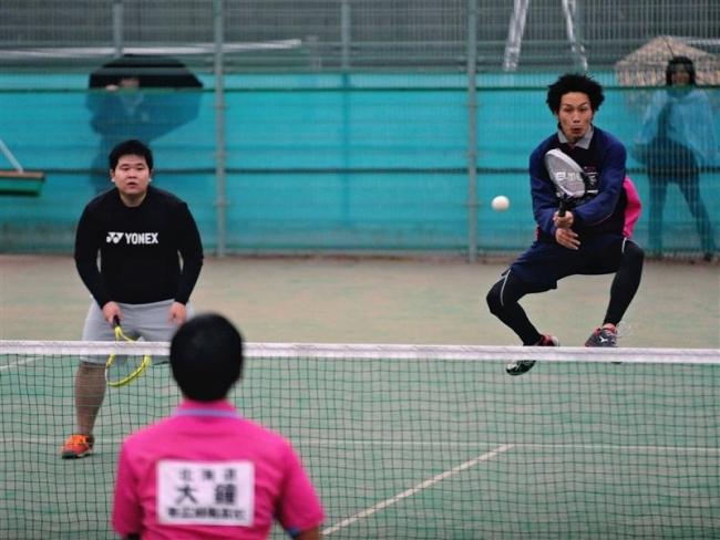 大内・佐藤組V一般男子 全十勝ソフトテニス選手権