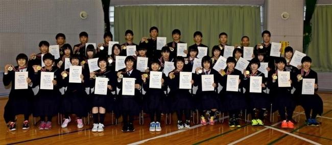 中学バレー優秀選手35人を表彰 帯広バレーボール協会
