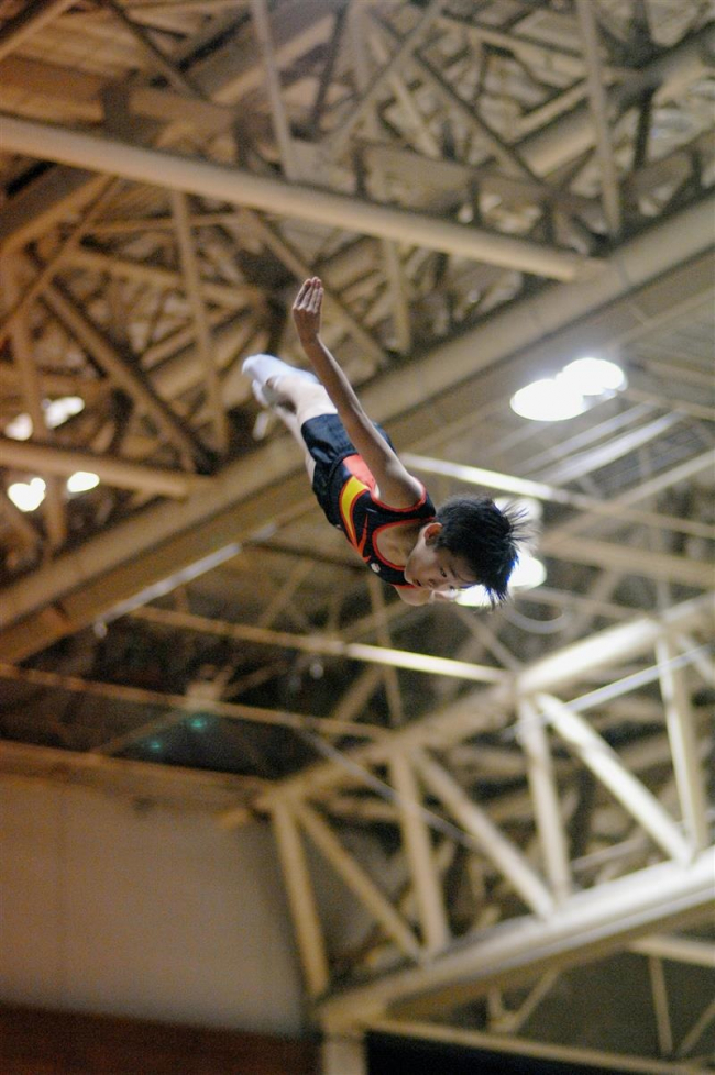 世界王者の赤石、貫禄のV 会長杯体操トランポリン新体操