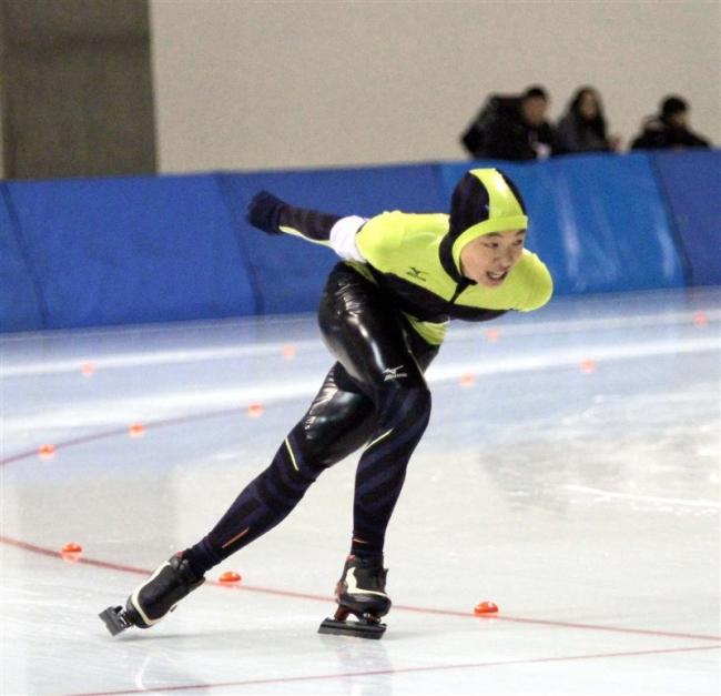 吉田2連覇 女子は今井V 全十勝小学校スピードスケート選手権