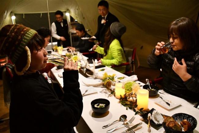 デスティネーション十勝が冬のグランピング 1人30万円の商品に2組4人が参加