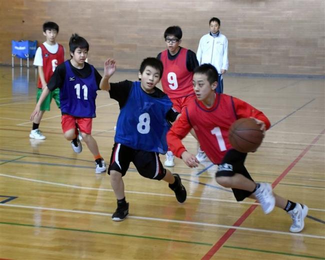 小学6年生120人中学バスケ体験 レッツトライJr.ハイスクール