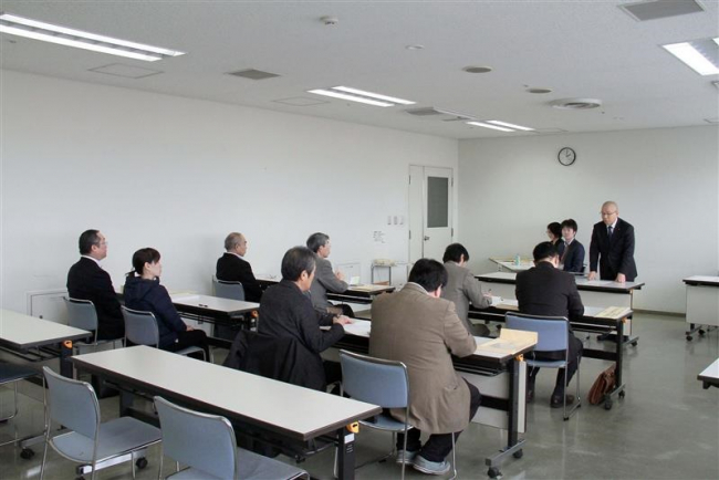 山崎氏の陣営は出席せず 道議選・市区説明会