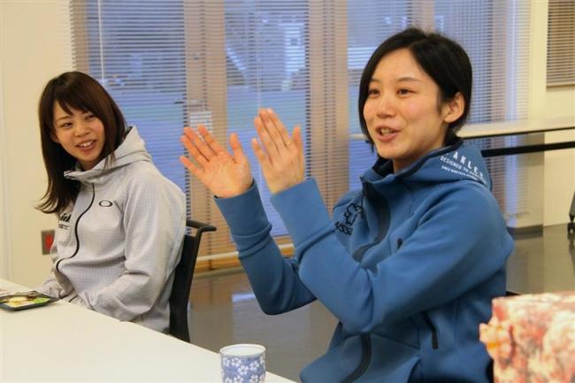 高木姉妹 今季レースを町長に報告 スピードスケート