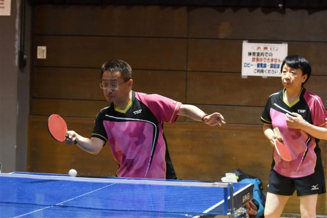長畑・松田組個人戦A優勝、同Bは河村・北村組V 冬季ダブルス卓球大会