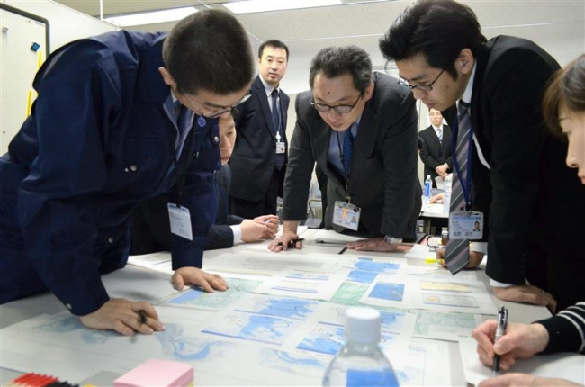 災害時の対応学ぶ 市役所で気象防災WS