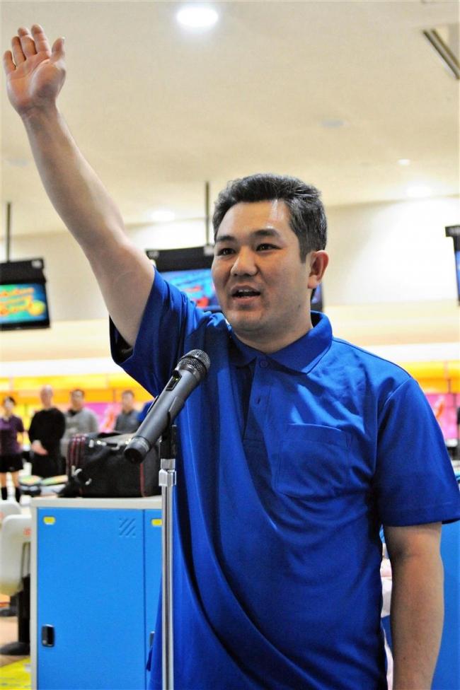 全帯広職場対抗ボウリング大会開幕、十勝鉄道の山口選手宣誓