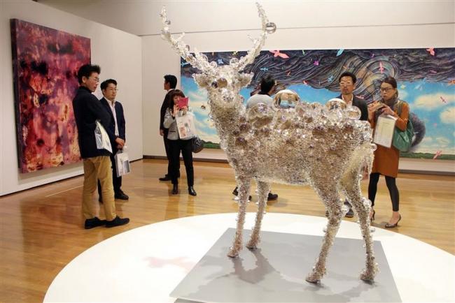 世界最前線の現代アート65点 タグチアートコレクション開幕 帯広美術館