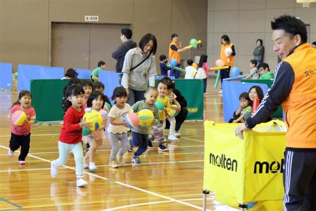 元気いっぱいバルシューレ体験会 子供たち120人が参加