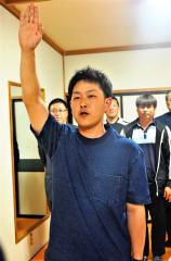 菅原主将宣誓、勝毎杯朝ソフトボール大会開会式 4チーム熱戦 6月3日開幕