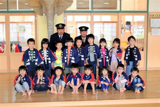 幼年消防クラブが入団式 中札内