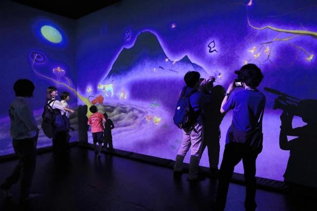 デジタル遊園地に興奮 創造力を刺激「楽しさアレンジも」 チームラボ常設店で体感