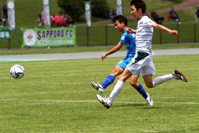スカイアース開幕5連勝 松尾主将5試合連続ゴール 道サッカーリーグ第5節