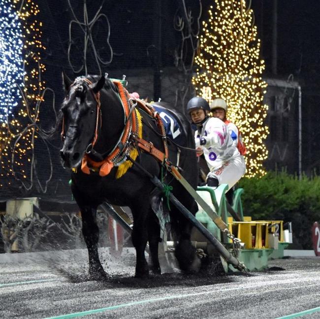 ばんえい旭川記念 オレノココロが3連覇 重賞最多記録23に更新
