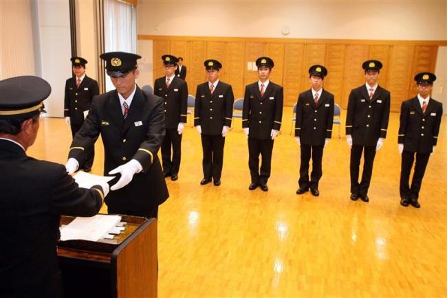 足寄消防団に8人入団 町内から歓迎の声