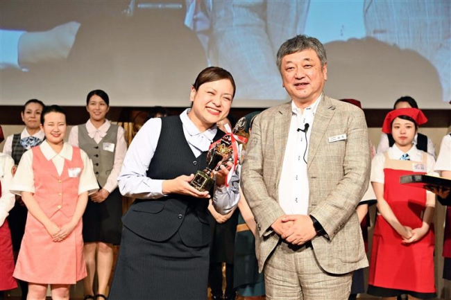 レジ係全国大会でダイイチの2人入賞