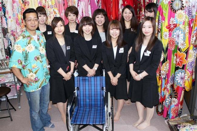 車いすの人に普通の着物を着付ける全道初のサービスを開始 帯広の衣舞