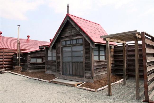 なつぞら柴田家の玄関など公開 新得北広牧場で9日から