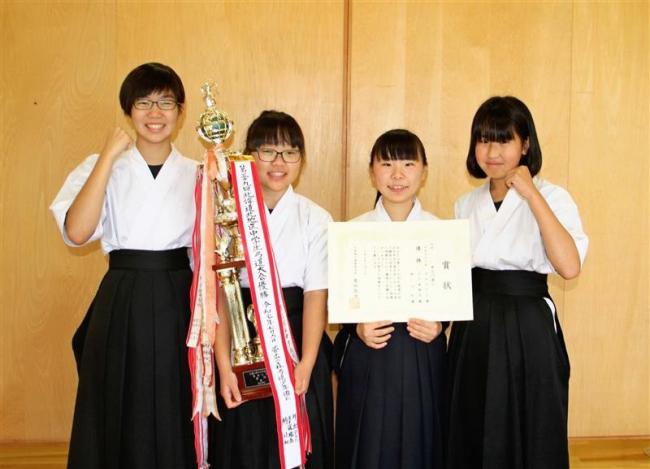 弓道帯広の森少年団女子、十勝勢初の決勝進出目指す 全国中学生大会