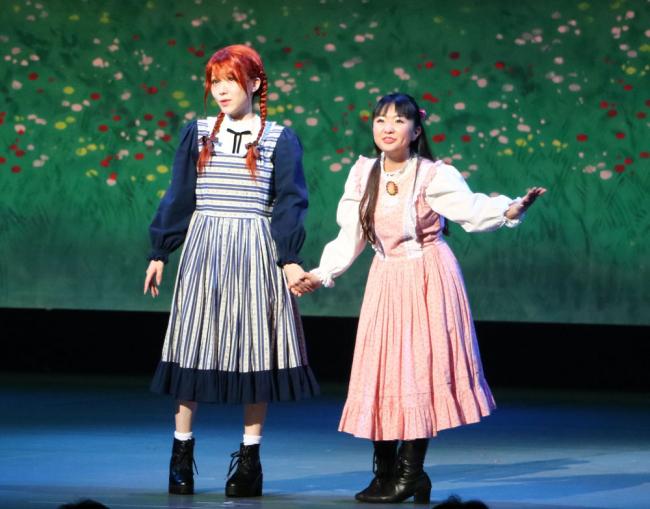 帯広出身のさくらまやさんと小4加藤さんが「共演」 赤毛のアン札幌公演