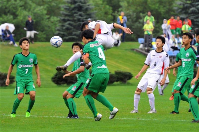 コンサ札幌猛追及ばず、田村が後半出場奮闘 クラブユースサッカー選手権