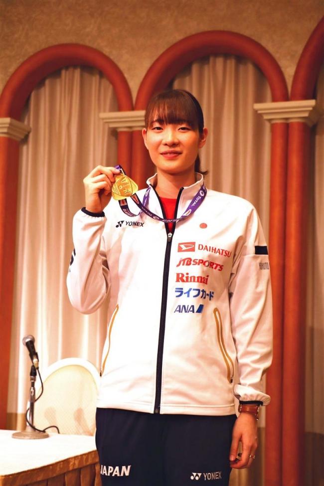 世界バド連覇ペアの松本が札幌で凱旋報告 相棒・永原の武者修行を明かす