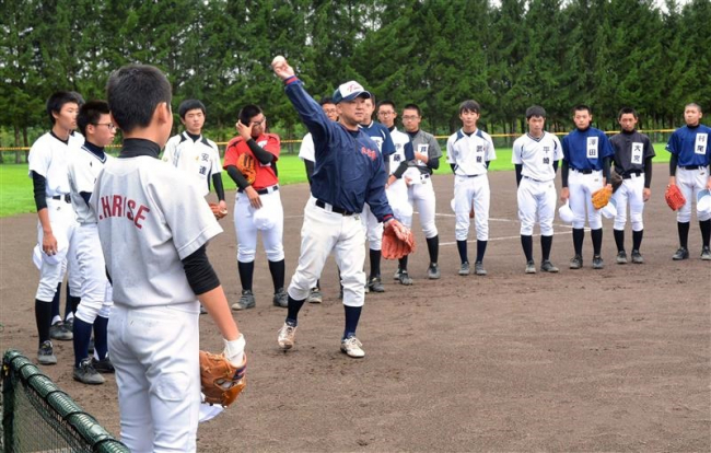 高校野球目指す中学3年球児練習、十勝ベースボールスクール今年も開催中