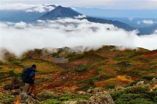 旬景~SORA PHOTO「雲海まとう紅葉」