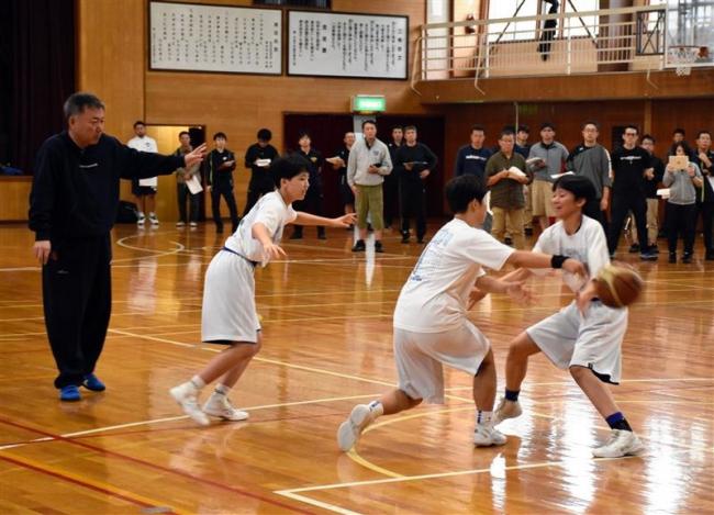 指導者120人熱心に学ぶ バスケットボールコーチサミット