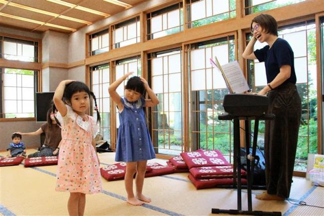 リトミック教室再開 大樹の作曲家松山さん
