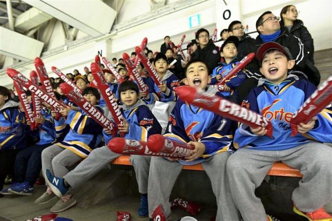 新生クレインズに帯広の声援熱く アジアリーグアイスホッケー