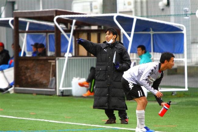 サッカーが生きる活力 胸腺がんと戦う新得FCの柳沢義祐監督